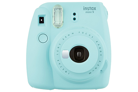 Fujifilm Instax Mini 9 retro polaroid camera