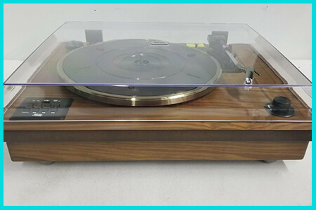 retro record turntable