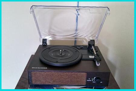 retro turntable