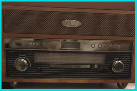 retro vintage turntable