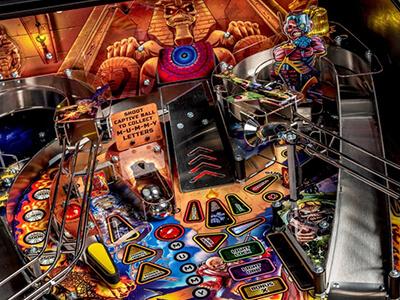 Iron Maiden stern Pinball machine